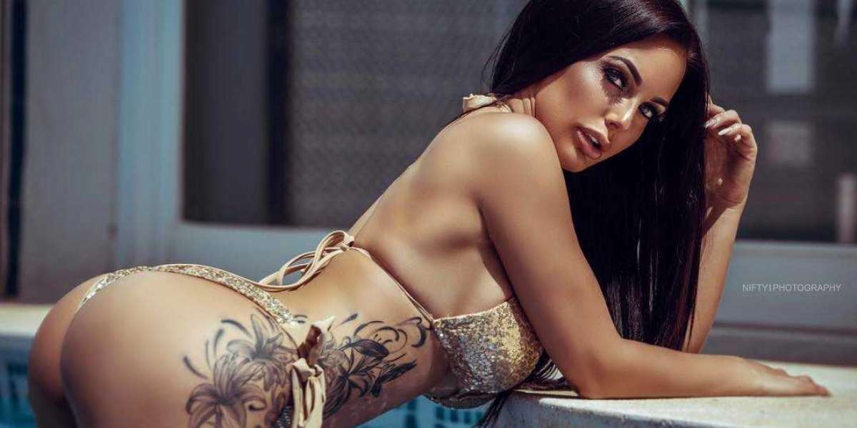Steady and Easy Lovemaking with Horny and Spicy Delhi Escorts