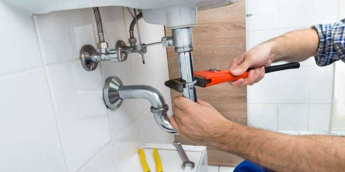 The 4 Times You Should Hire a Plumber